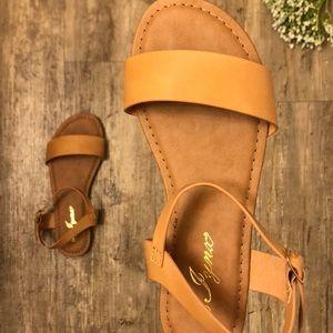 🌻 NEW Classic Tan Sandals 🌻